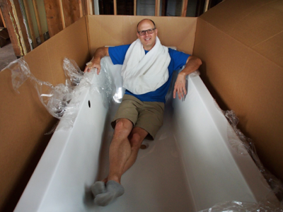 dan-in-new-tub