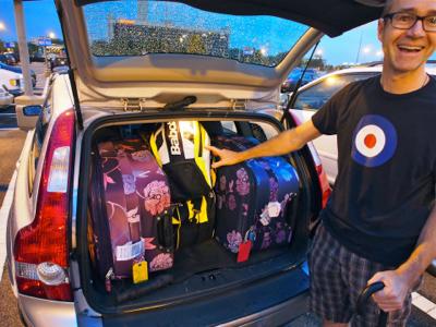 john-and-luggage