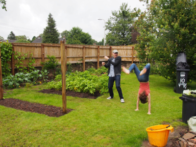 acrobatics-in-vegetable-garden