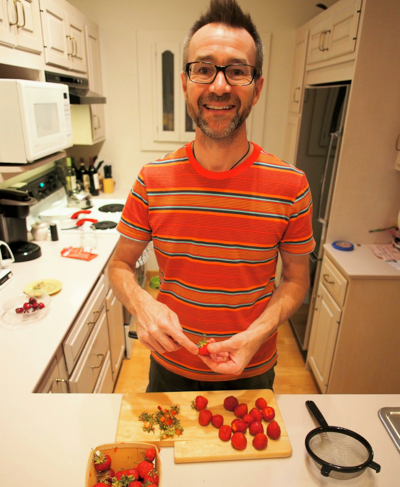 dan-preparing-strawberries