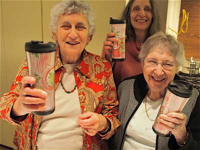 harriet-lisa-and-anne-with-mugs