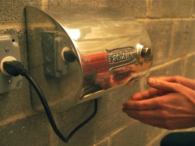 using-hand-dryer