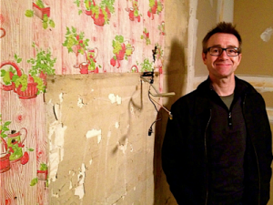 john-and-old-kitchen-wallpaper